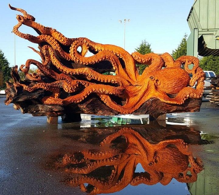 Превращение корня дерева в гигантского осьминога (14)