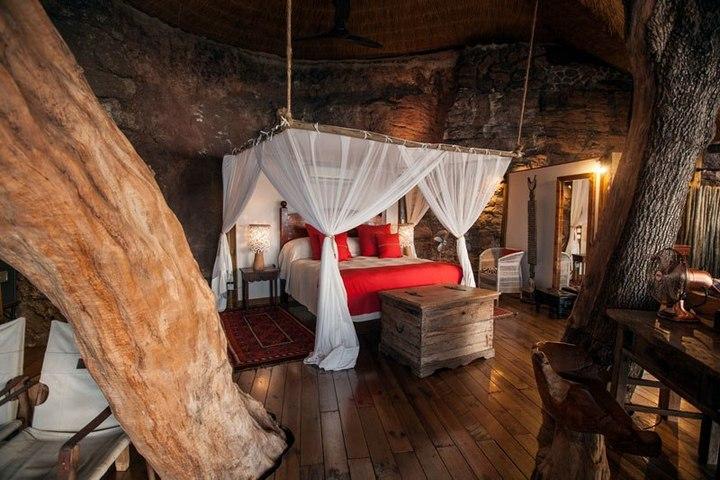 """Удивительный """"дом на дереве"""" в Замбези (1)"""