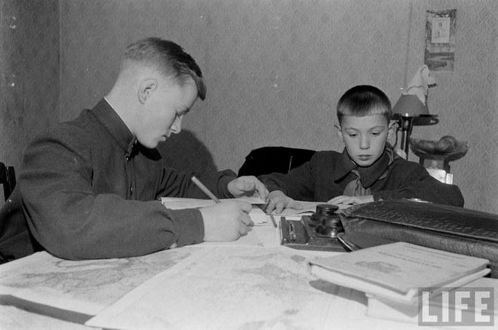 Жизнь рабочего в СССР 50-х (29)