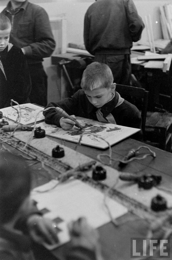 Жизнь рабочего в СССР 50-х (33)