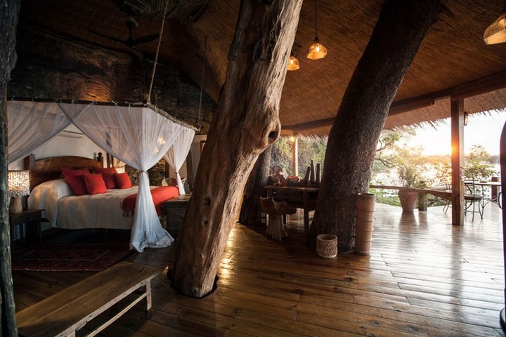 """Удивительный """"дом на дереве"""" в Замбези (4)"""