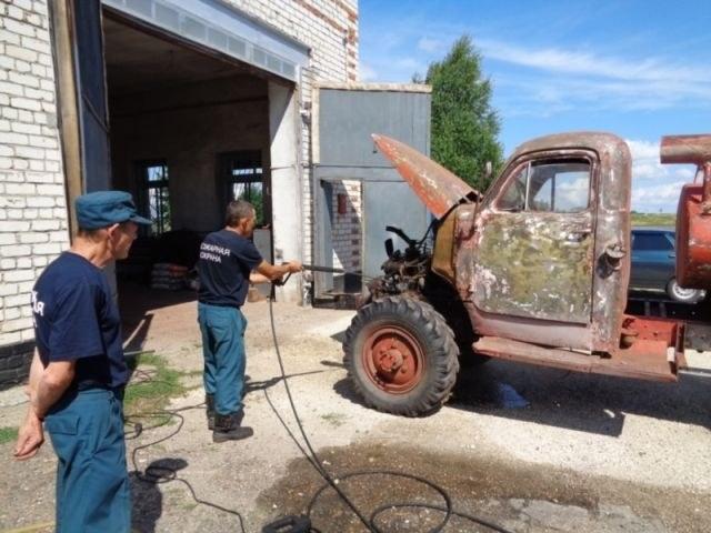 Возрождение старого пожарного ГАЗа из 1960-х (4)