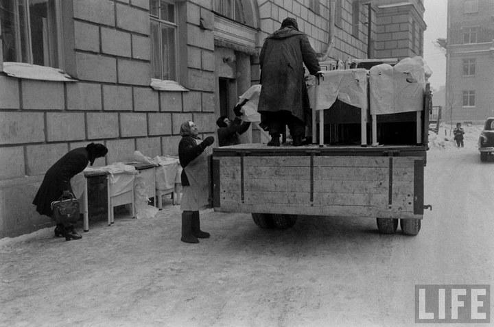 Жизнь рабочего в СССР 50-х (45)