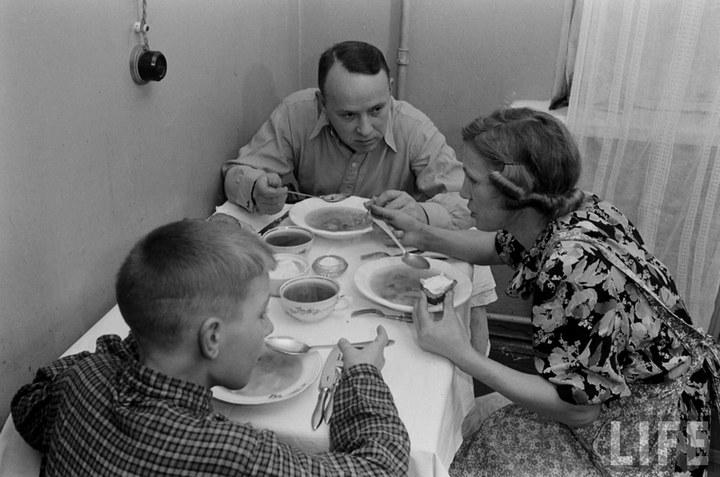 Жизнь рабочего в СССР 50-х (48)