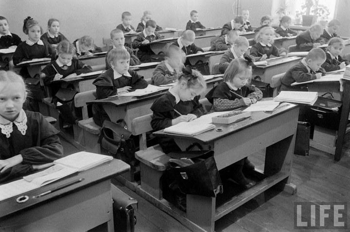 Жизнь рабочего в СССР 50-х (57)