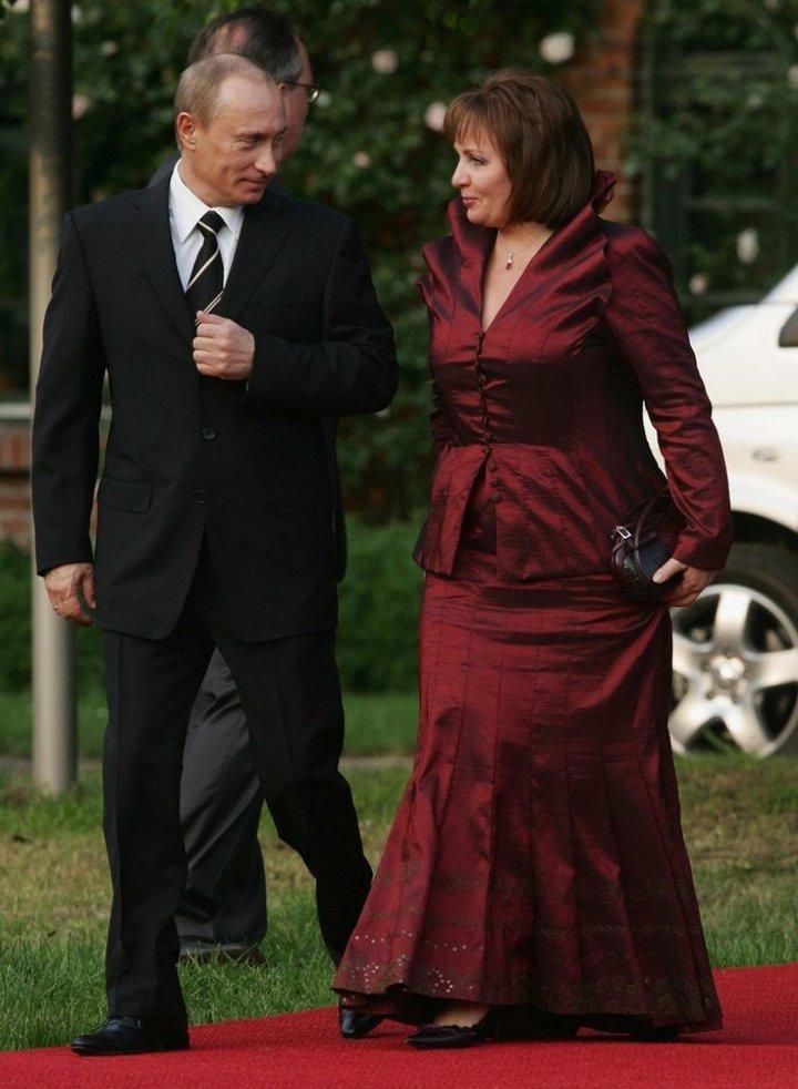 От Хрущевой до Путиной: как выглядели Первые Леди нашей страны (29)