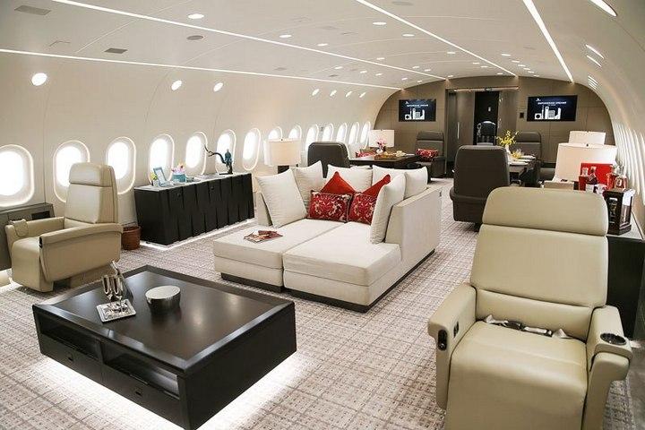 Boeing 787-8 Dreamliner с шикарным интерьером (1)