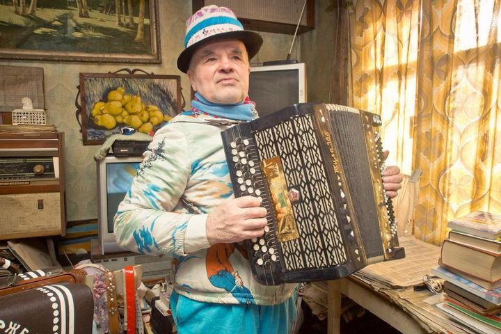 Пенсионер-стиляга из Кирова (6)