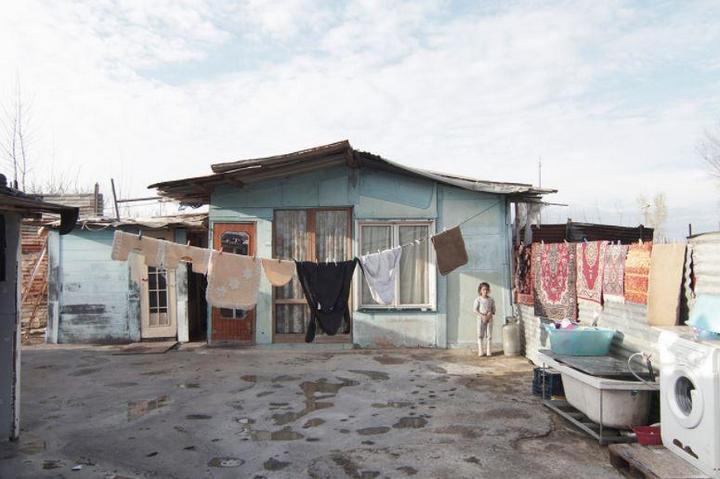 Цыганские жилища на окраинах Неаполя (13)