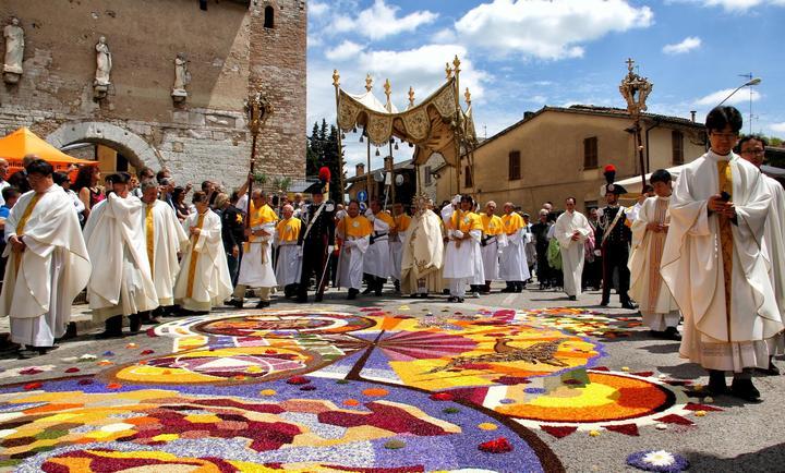 Италия: основные праздники на родине Леонардо Да Винчи (3)