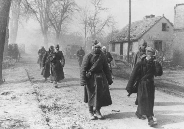 Уникальные снимки Второй Мировой Войны (13)