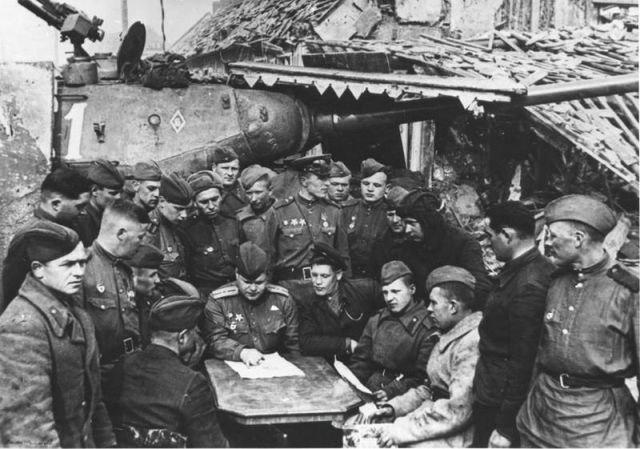 Уникальные снимки Второй Мировой Войны (14)