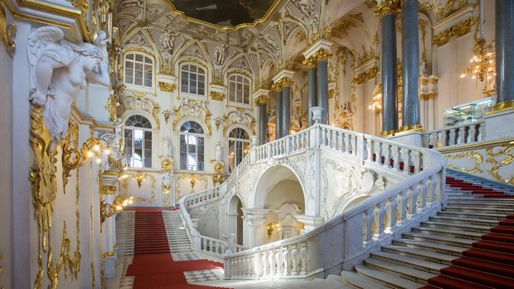 Достопримечательности Санкт-Петербурга. Зимний дворец (2)