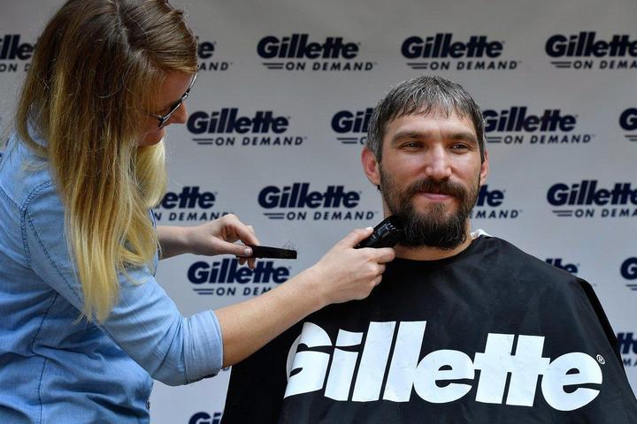 Овечкин сбрил бороду (2)