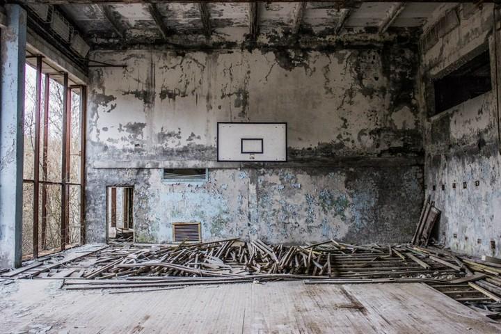 Что тянет молодежь в запретную Зону Чернобыля? (3)