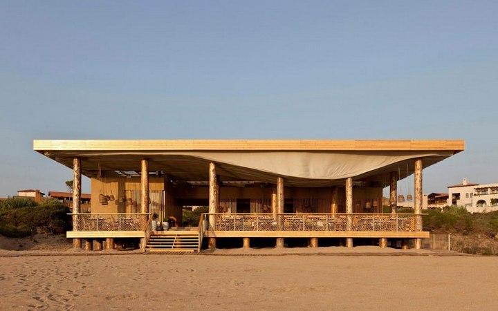 Удивительный ресторан с парящим потолком (5)