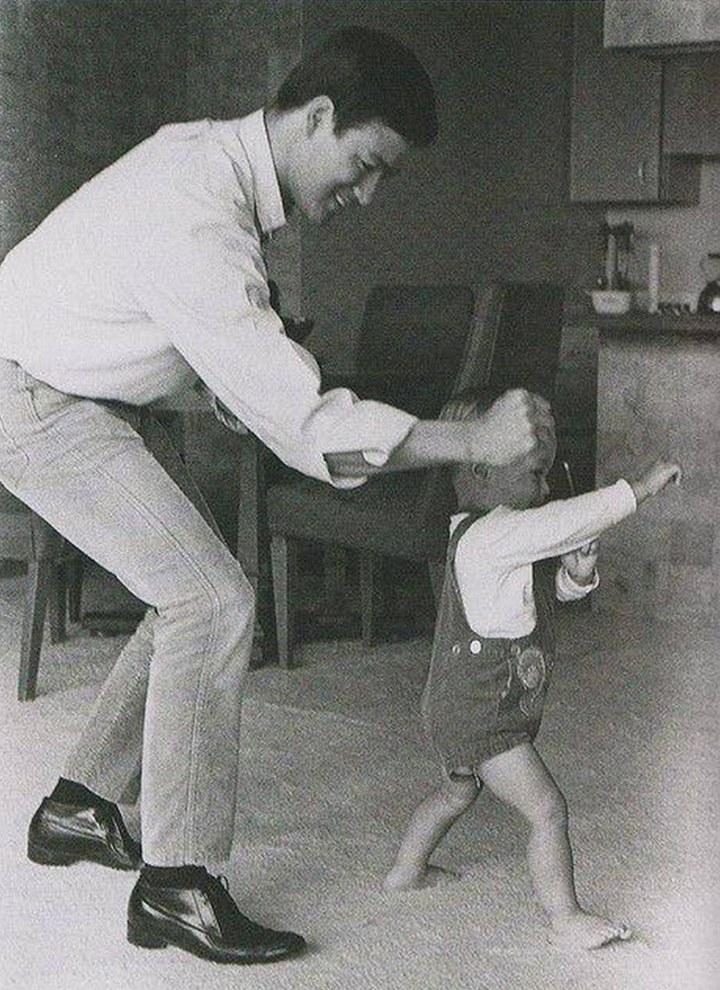Брюс Ли и его сын. 1966 год