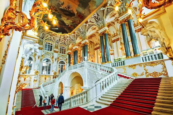 Путешествие в Санкт-Петербург: достопримечательности и развлечения (3)