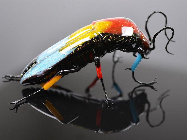 Миниатюрные стеклянные фигурки насекомых Уэстли Флемминга (4)