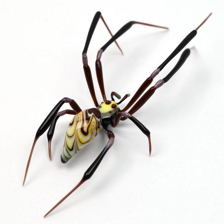 Миниатюрные стеклянные фигурки насекомых Уэстли Флемминга (6)
