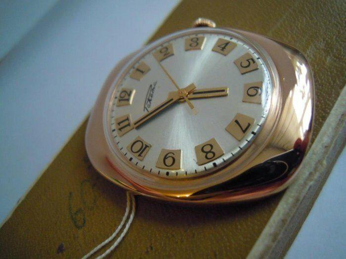 10 культовых наручных часов из СССР (8)