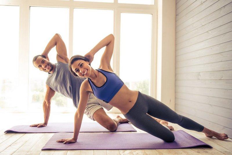 Из каких материалов должна быть одежда для занятий фитнесом (1)