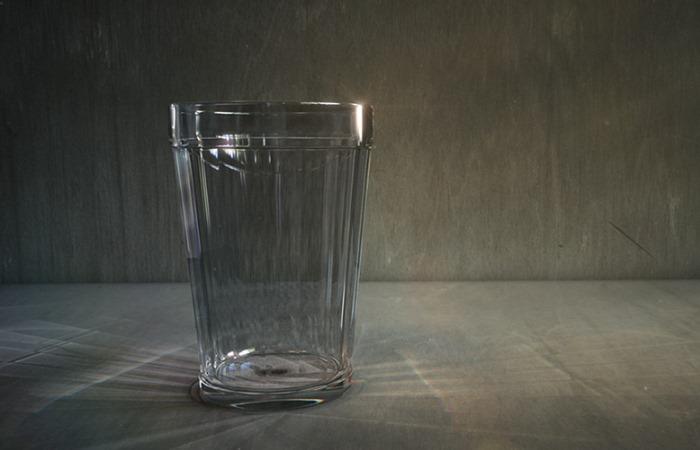 Граненый стакан: почему у него 18 граней и кто придумал главный символ советского общепита