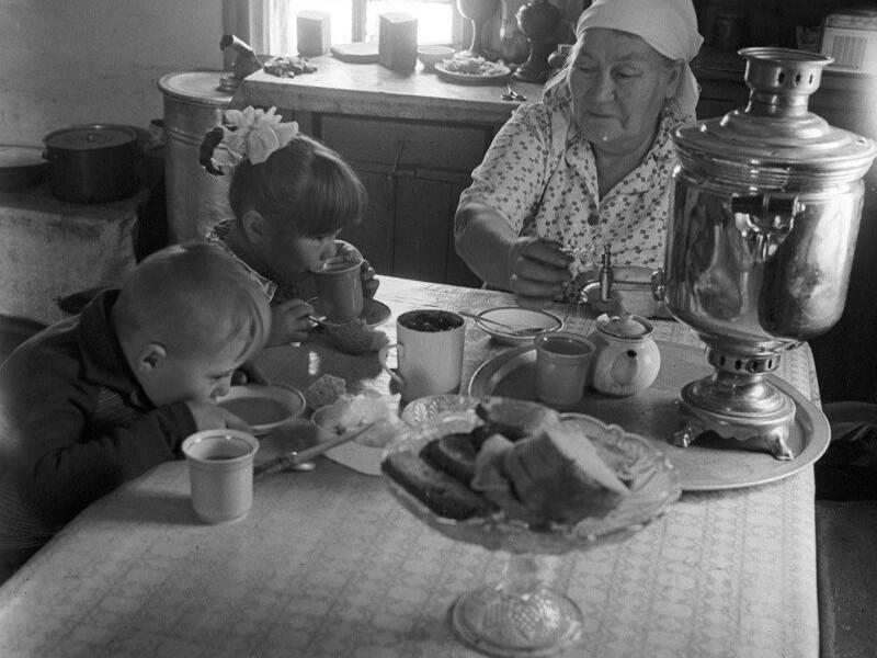 Душевные фотографии советской деревни (10)