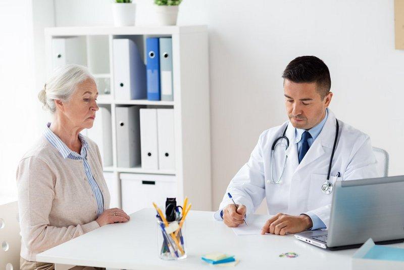 Посещение гастроэнтеролога: с какими жалобами обращаться? (2)