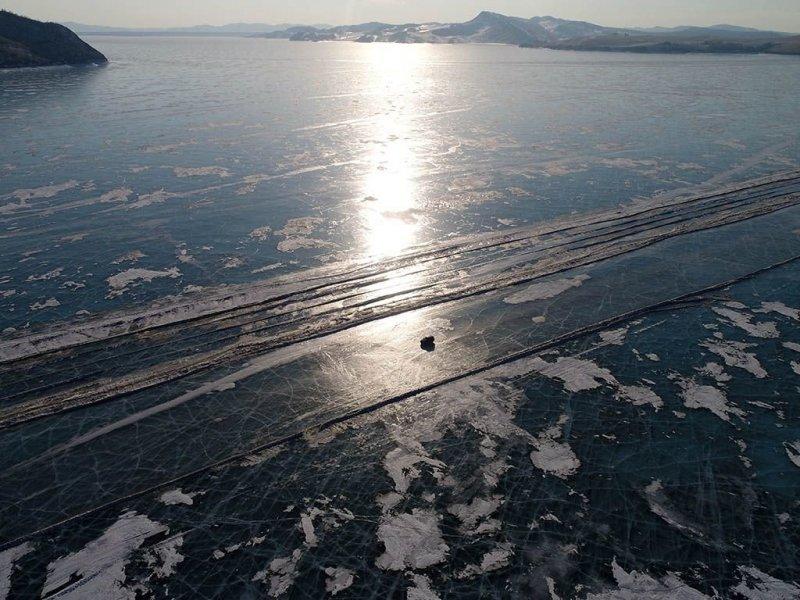 Автомобильная переправа по льду Енисея (5)
