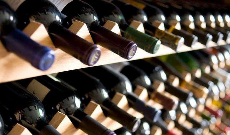 Как правильно хранить вино дома (1)