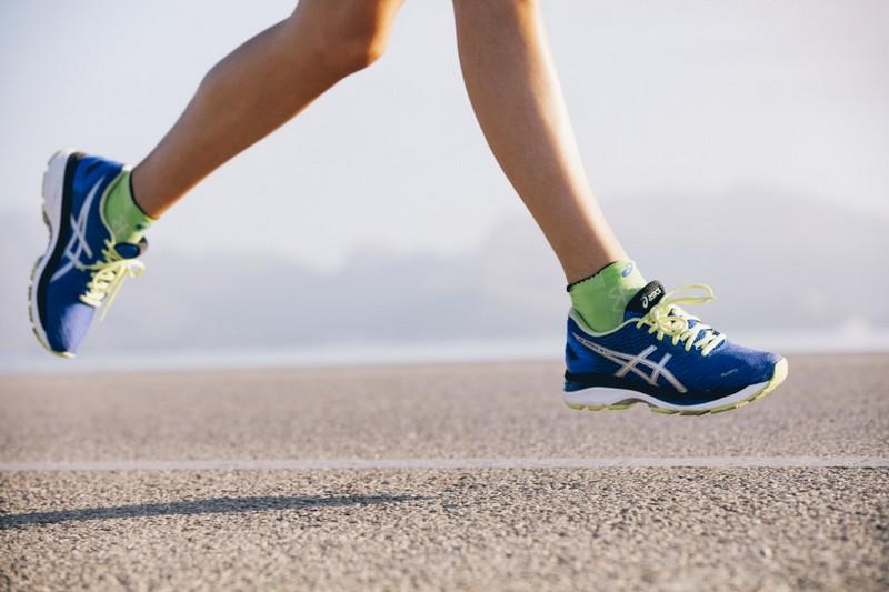 Как избежать появления мозолей на ногах? (2)