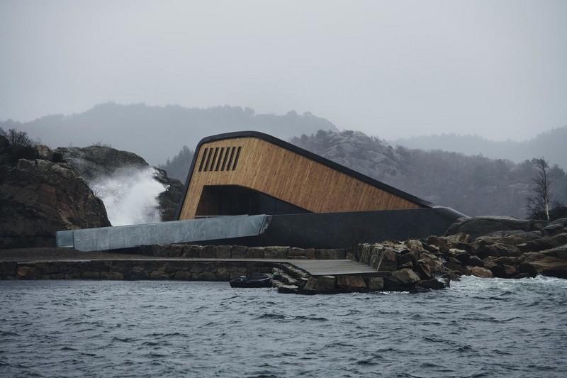 Необычный ресторан на дне моря в Норвегии (2)