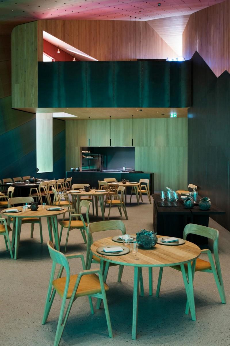 Необычный ресторан на дне моря в Норвегии (9)