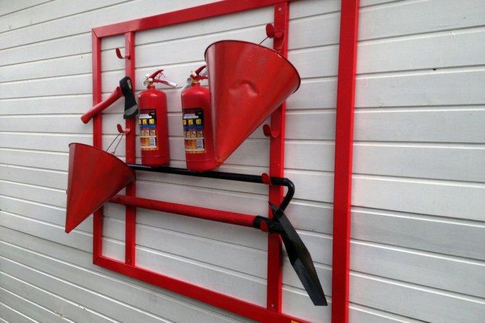Почему пожарное ведро имеет коническую форму? (1)