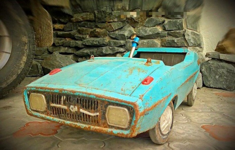 Реставрация детской педальной машины родом из СССР (1)