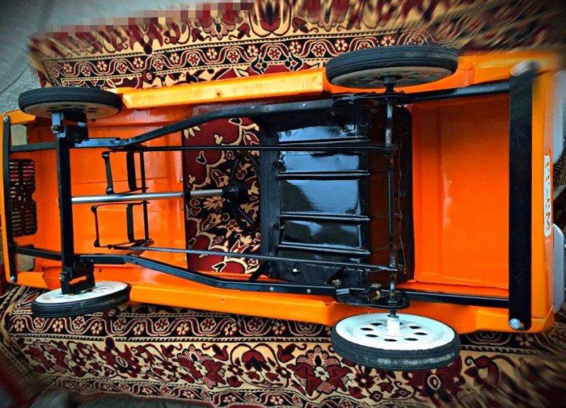 Реставрация детской педальной машины родом из СССР (6)