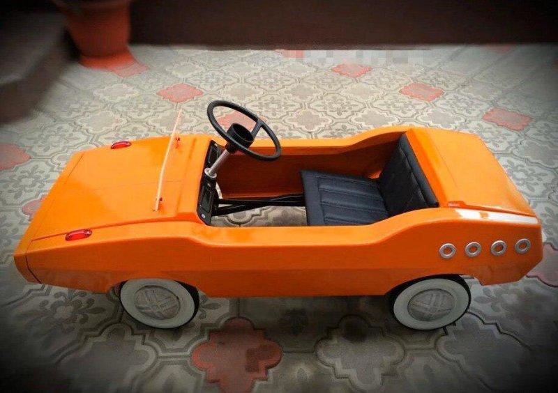 Реставрация детской педальной машины родом из СССР (7)