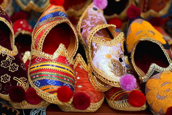 Зачем на Востоке носили обувь с загнутыми носами (2)