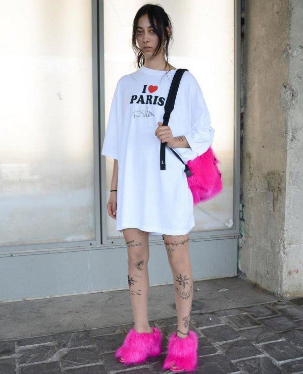 Колготки с татуировками от бренда Vetements (3)