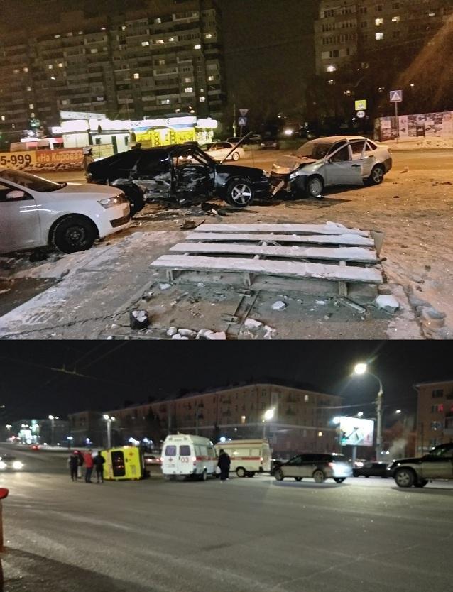 В Омске попавшая в скорую после аварии женщина погибла во втором ДТП
