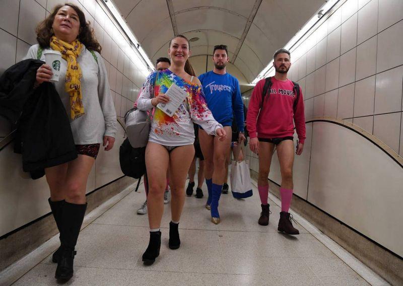 В метро без штанов 2020 (1)