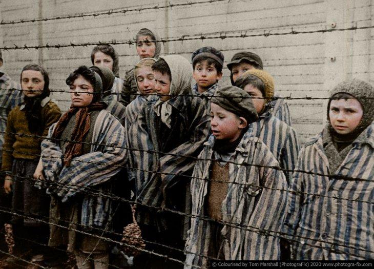 Освенцим в восстановленных цветных фотографиях (2)