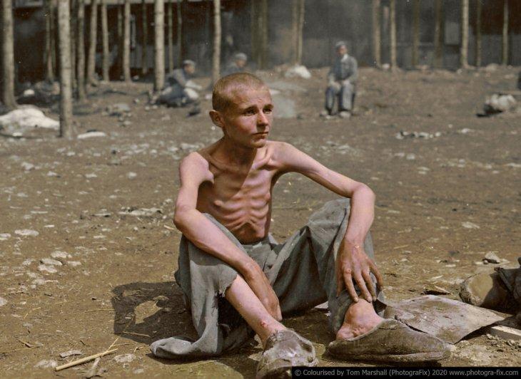 Освенцим в восстановленных цветных фотографиях (7)