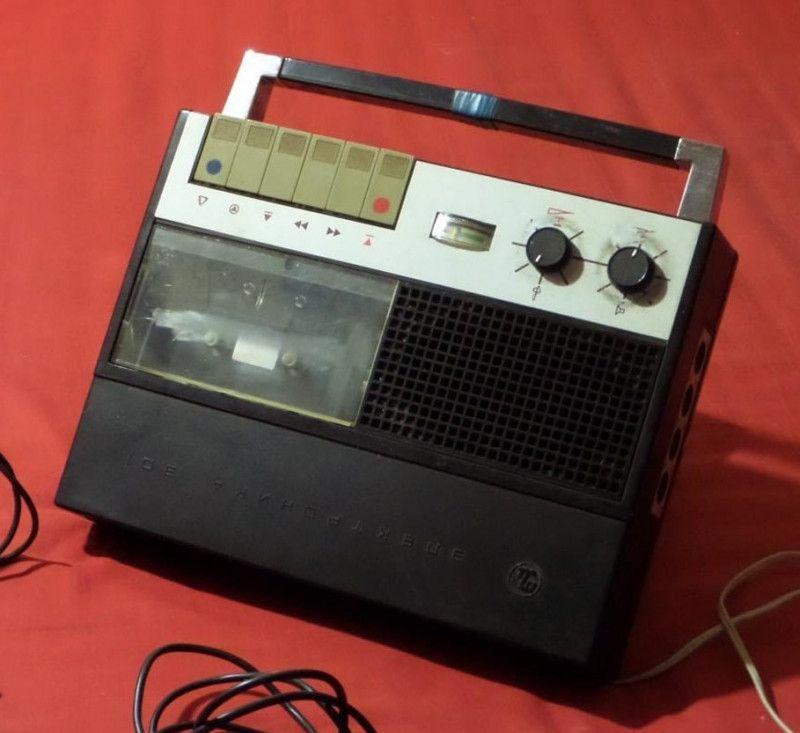 Кассетные магнитофоны 70-80-х (1)