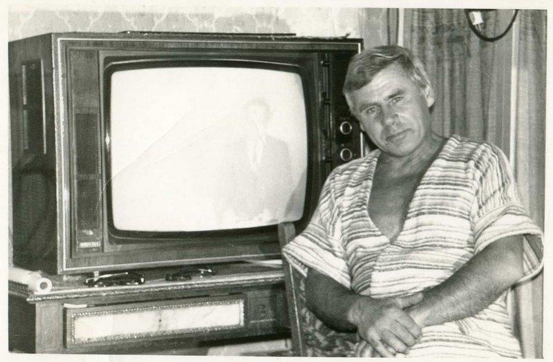 Я и мой любимый телевизор (10)
