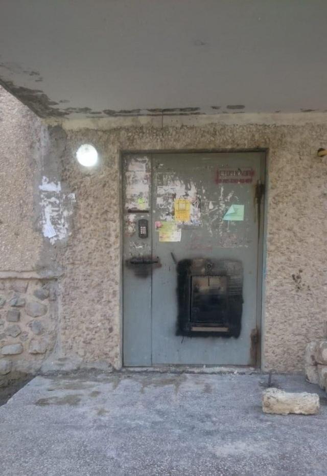 Тюремная изоляция целого подъезда в Актау (2)