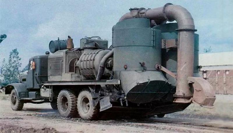 вакуумно-нагнетательная уборочная машина В-63