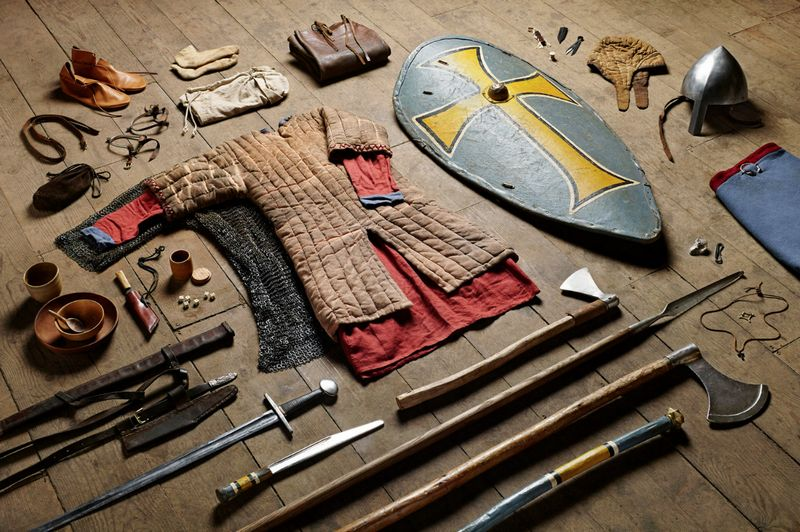 История боевой экипировки. От 1066 года до наших дней